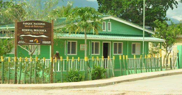 Centro interpretación reserva biológica Loma Charco Azul
